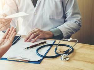 Une agression physique de médecin chaque semaine