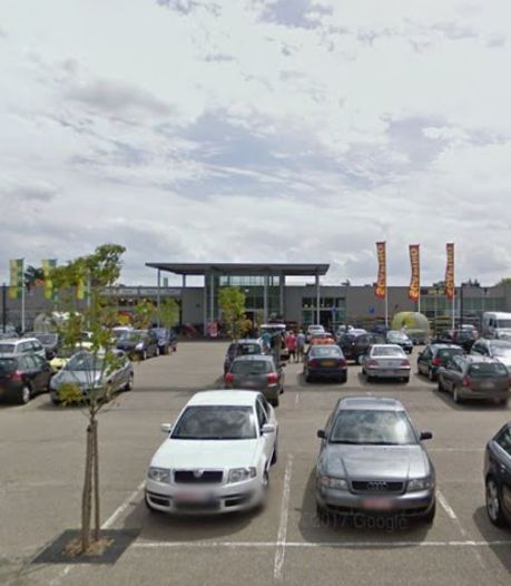 Landelijke ketens in winkelcentrum Stationsplein Hulst