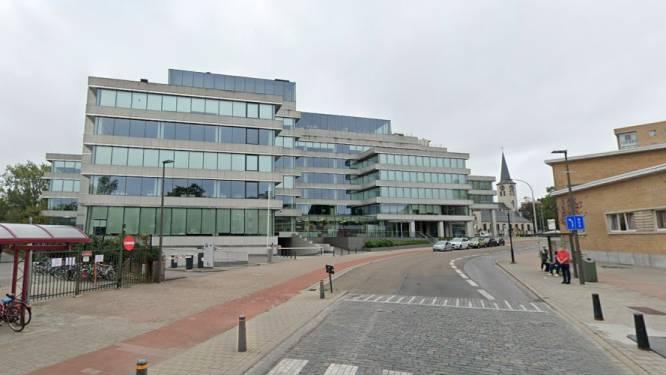 Tijdelijke afbakening moet autoverkeer in Uitbreidingstraat in Berchem doen afnemen