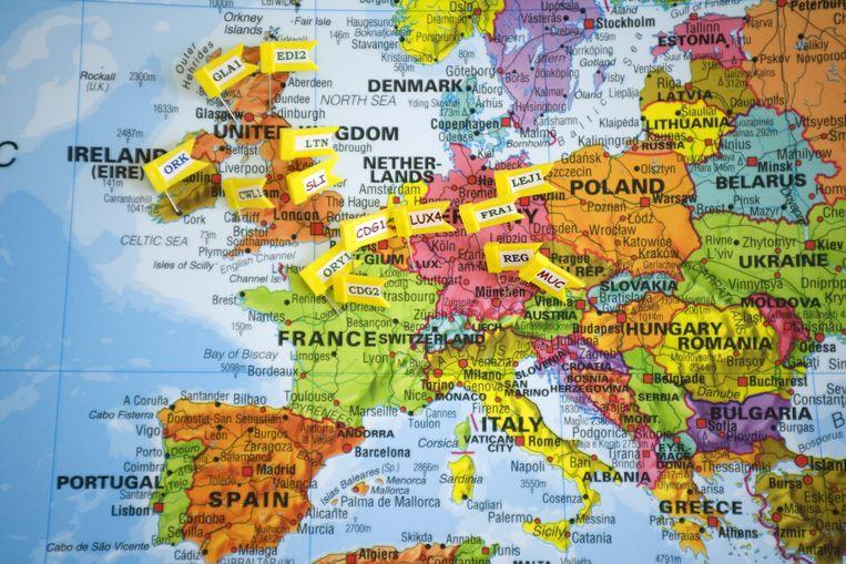 De Duitse afdeling van Amazon heeft op een kaart aangeduid waar de Europese kantoren van het bedrijf zijn gevestigd. Beeld Ullstein bild via Getty Images