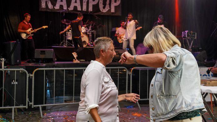 Kaaipop in Breskens, voor zowel publiek als bands was het heel lang geleden.