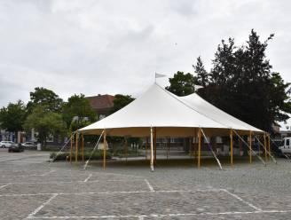"""Hele zomer sheltertent op Markt Maldegem: """"Genieten in de schaduw of schuilen voor de regen"""""""