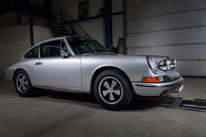 De Porsche 911 uit 1965 van Luc Wijns uit Valkenswaard.