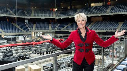 """Dana Winner (53) viert 30 jaar carrière met concert in Lotto Arena: """"De puzzelstukjes vallen in elkaar. Ik voel me top"""""""
