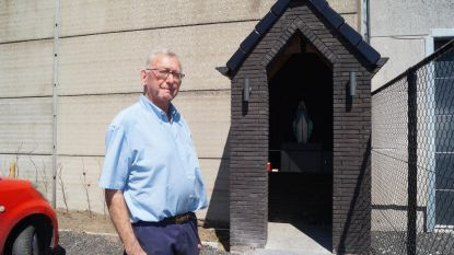 Zeventiger bouwt eigenhandig Mariakapel