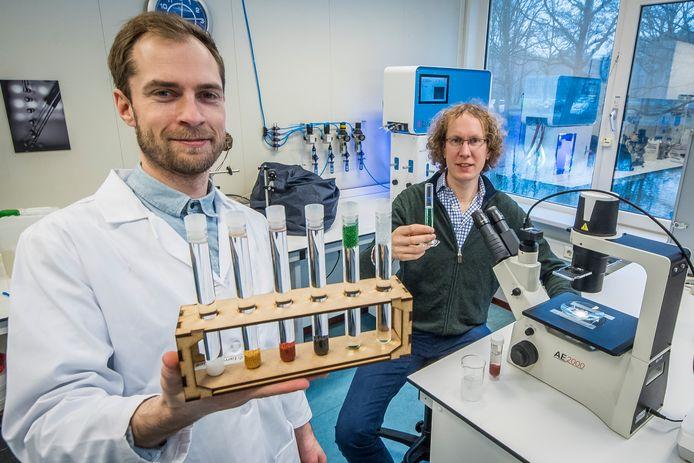 De oprichters van IamFluidics, Tom Kamperman (links) en Claas Willem Visser.