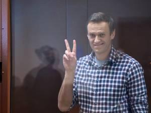 """Navalny """"lâché"""" par Amnesty"""