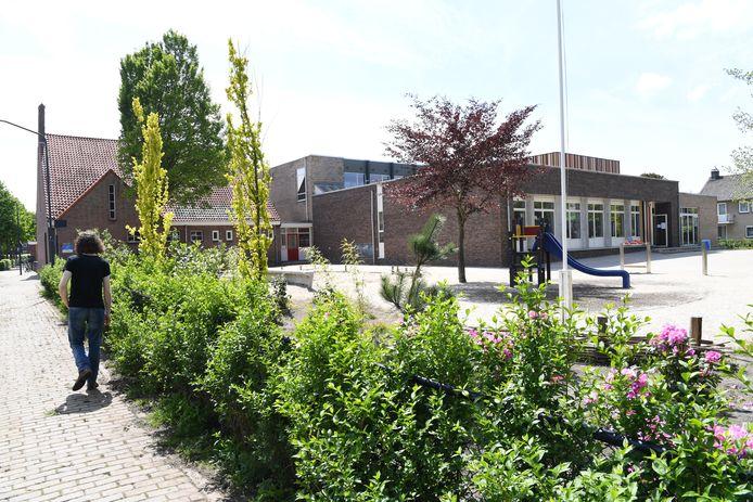 Oosterhout investeert het komende jaar flink in de scholen. Zo wordt de Marcoenschool in Dorst aangepakt, hier komen extra lokalen vanwege huidige capaciteitsproblemen.