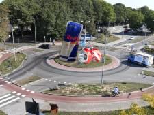 Bijzonder idee tegen zwerfafval: 'Zet een blikje van 5 meter hoog op elke rotonde in Sliedrecht'