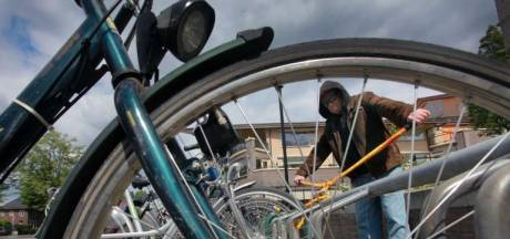 Extra politiecontroles na piek aan fietsendiefstallen in Winterswijk
