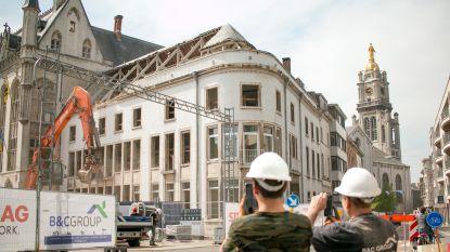 """""""Grote sloopwerken gaan vanaf deze week van start"""": aannemer zet grote middelen in voor afbraak stadhuisvleugel"""