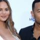 Zanger John Legend showt zijn pasgeboren zoontje met déze foto aan de wereld
