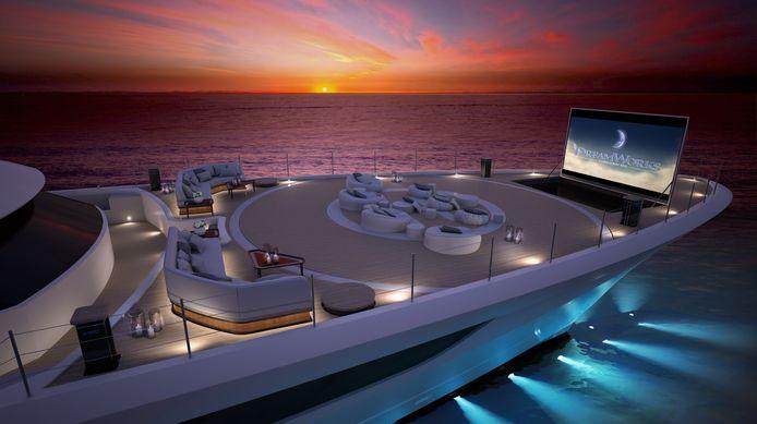 De landingsplaats voor de helikopter op het voordek kan met een druk op de knop worden getransformeerd tot een cinema met loungebanken.