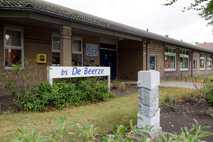 De vestiging van basisschool de Beerze in Oostelbeers. Dit gebouw zou in de zomer van 2022 leeg komen te staan als de plannen doorgaan.