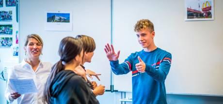 Franse les 2.0 werkt: er valt de hele les geen woord Nederlands
