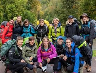 """Twaalf vrouwen trekken op avontuur ten voordele van Waasmunsterse natuur: """"Bos aan Roosenbergabdij vrijwaren"""""""