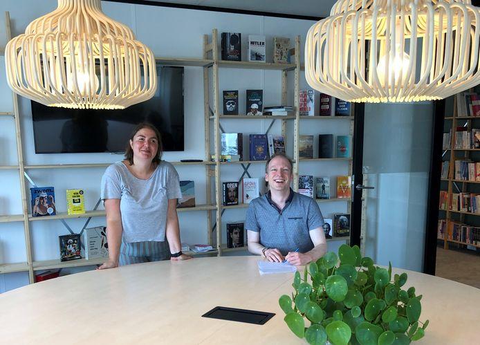 Tom van den Oetelaar gaat de biografie van Jos Brink schrijven.
