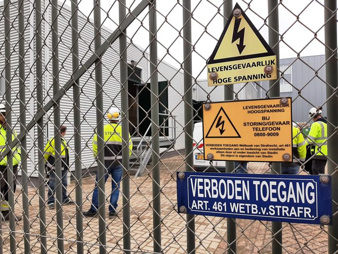 Een kapotte kabel in het hoofdverdeelstation van Stedin in Gorinchem zorgde ervoor dat 17.000 adressen uren zonder stroom zaten.