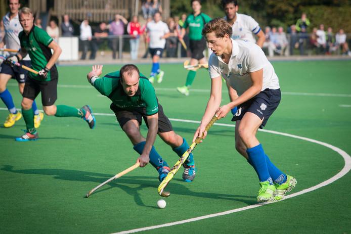 De hockeyers van Upward wonnen de derby tegen Arnhem nipt. Beeld uit eerder duel.