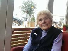 Gezondheid neergestoken Oma Toni (96) gaat toch achteruit
