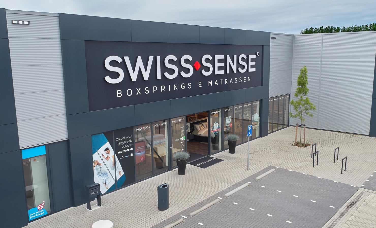 Een van de 100 winkels van Swiss Sense.