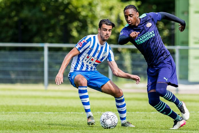 Pablo Rosario deze week tijdens het oefenduel van PSV met FC Eindhoven.