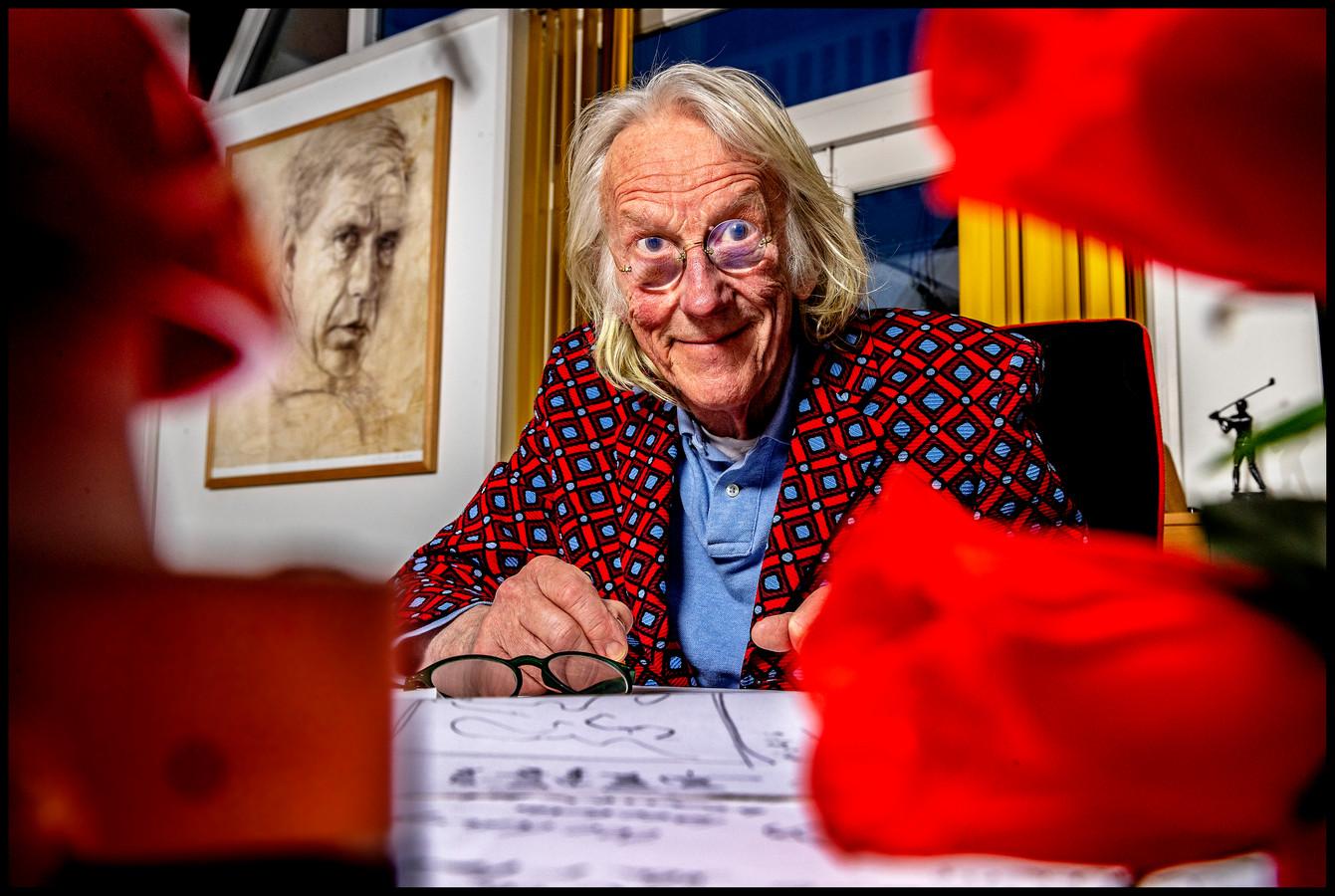 Freek de Jonge thuis in Muiderberg in voorbereiding op zijn verkiezingsconference De Loterij.