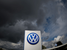 VW vreest claim van 100 miljoen euro uit eigen land