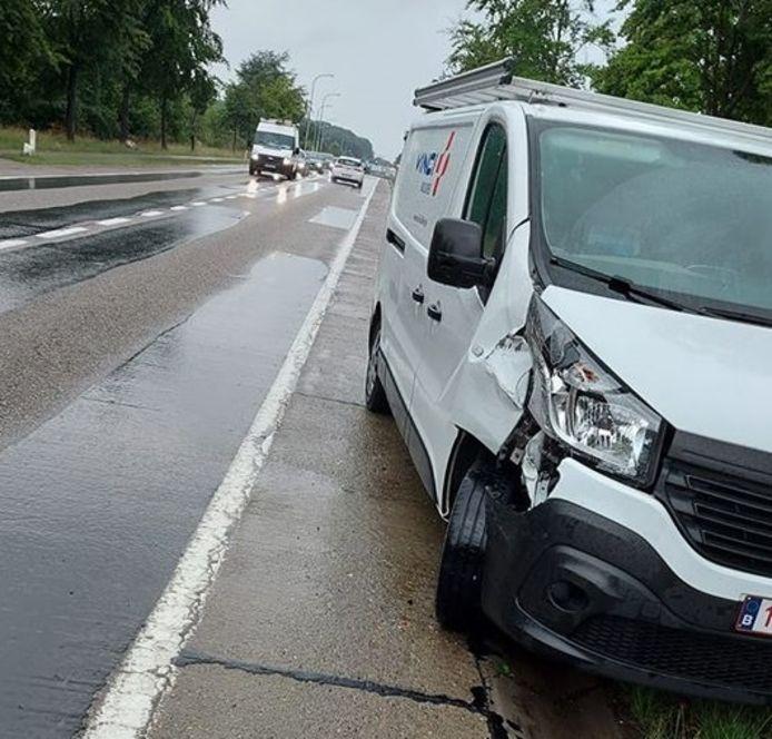 Amper drie dagen na dodelijk ongeval Christophe (26) nieuw accident op 'levensgevaarlijke asfaltstroken'
