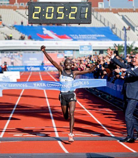 Wanjiru, oud-winnaar marathon van Amsterdam, voorlopig geschorst