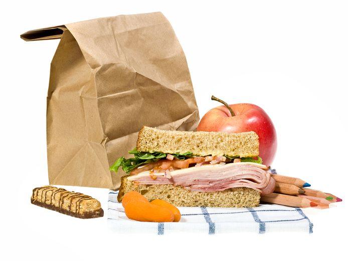 Ouderen in Helmond kunnen rekenen op een gratis lunchpakket (foto ter illustratie).