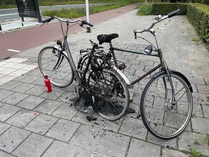 Meerdere fietsen in brand gestoken in Veldhoven.