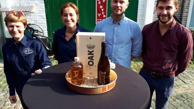 """De Ryck viert 135 jaar brouwerij met Arend Oak en Arend Oak Distilled: """"En alle Herzelenaren mogen mee feesten"""""""