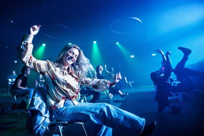 Vorig jaar hield Doornroosje al een zittend dancefestijn vanwege het coronavirus. Dertig stoelen stonden klaar voor evenveel bezoekers. Dit keer mogen 137 bezoekers concerten bijwonen.