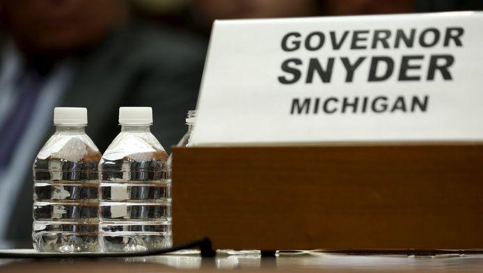 Des milliers d'enfants de Flint ont été exposés à cette eau empoisonnée après la décision des services du gouverneur Rick Snyder d'utiliser pour leur réseau de distribution la rivière locale, pourtant acide et polluée.