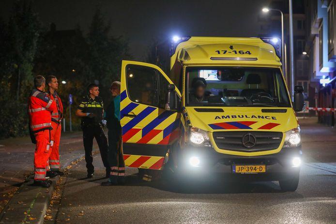 Het slachtoffer is naar het ziekenhuis vervoerd.
