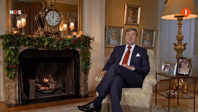 Koning Willem-Alexander tijdens zijn eerste kersttoespraak. Beeld NOS