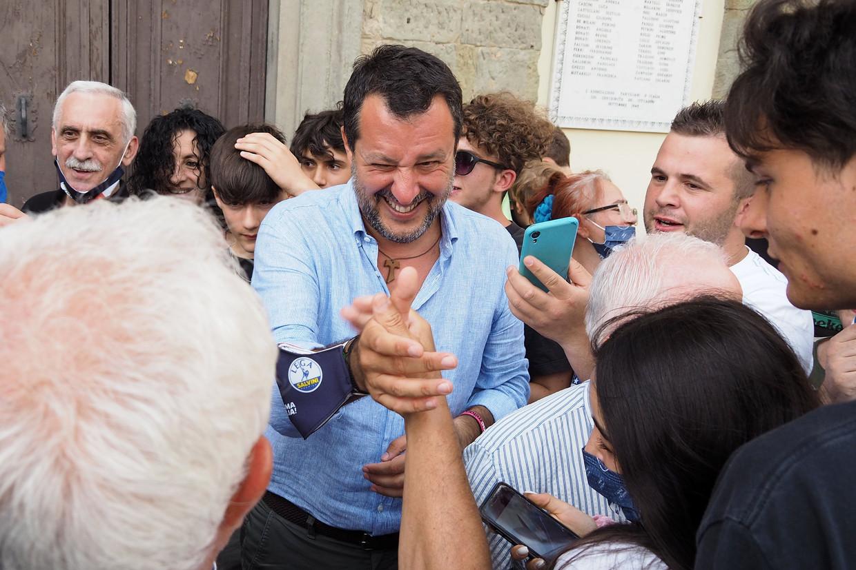 Buiten Italië wordt Lega-kopman Matteo Salvini veelal omschreven als extreemrechts, terwijl hij door de meeste Italianen als een centrumfiguur wordt gezien.  Beeld Photo News