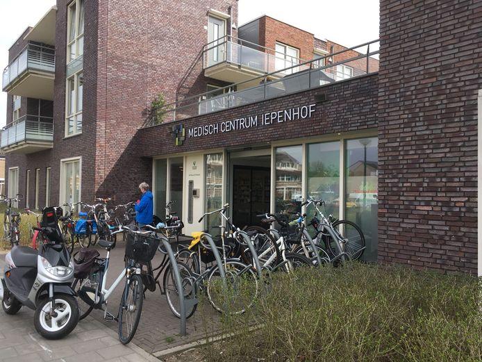 Psycho Informa zit in Woerden in Medisch Centrum Iepenhof.