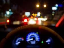 Dronken vrouw rijdt auto en plast op stoep in Roosendaal: rijbewijs kwijt