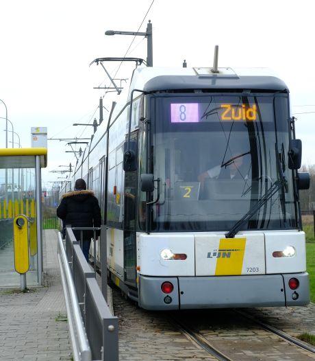 Verstoring Antwerps tramverkeer door omgewaaide boom en defecten