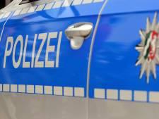 Dronken Duitser vernielt 35 auto's in Emmerik