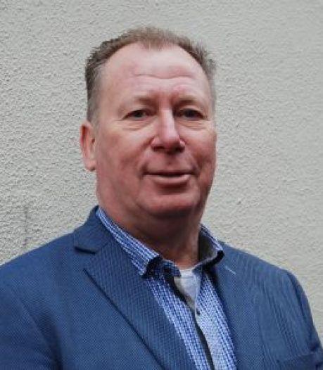 Veel arbeidsmigranten op een kamer kan volgens VVD-voorman John Smits verspreiding coronavirus in de hand werken
