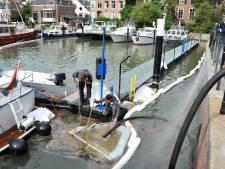Binnenstadbewoners Dordrecht centrum nog enkele dagen in stank door olievlek