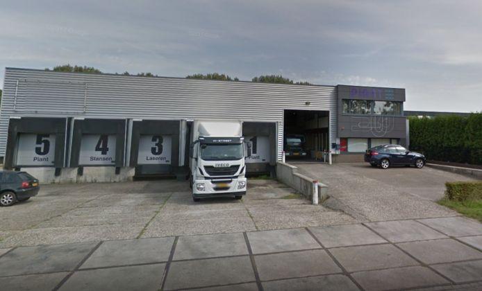 Het Waalwijkse bedrijf Piant verhuist eind volgend jaar naar Haven Acht. Het bedrijf in stanstechniek heeft grond gekocht naast bol.com.