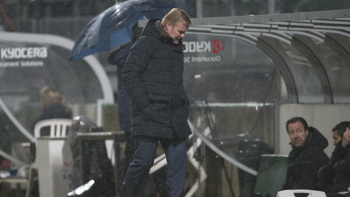 Ronald Koeman baalt van het spel van Feyenoord tegen ADO.