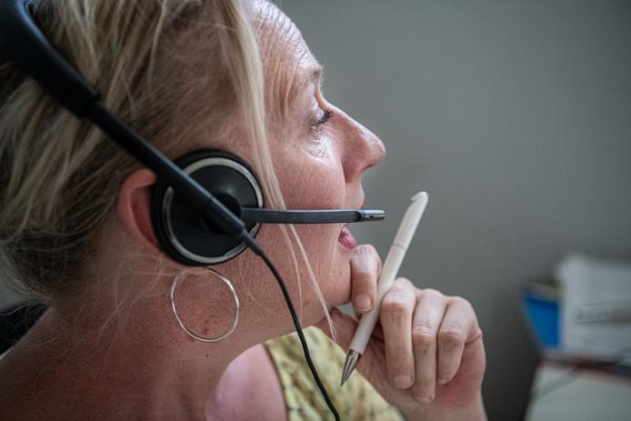 Anje Belterman. Haar bedrijf biedt telefoonservice en secretariële diensten, ook in vakantieperiodes.