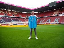 PSV na vertrek Unnerstall op zoek naar nieuwe keeper: 'De grote vriendelijke reus' tekent tot 2025 bij FC Twente