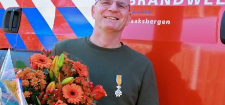 Lintjesregen in Haaksbergen: Een extra piketdienst om thuis voor te blijven