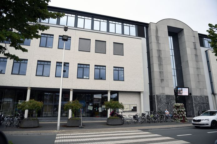 Illustratie. Gemeentehuis in Kortenberg.